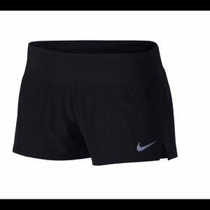 """Nike Women's Dri-FIT Cool Crew 3"""" Running Shorts L"""